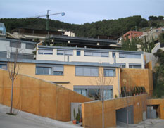 080 arquitectura for Piscina municipal premia de mar